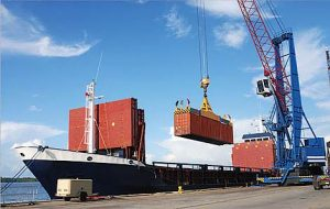 prefabricated_house_kits_container_ship_export_topsider_homes